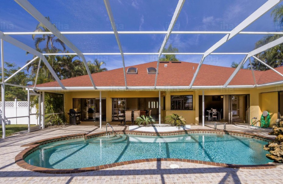 house in cape coral south